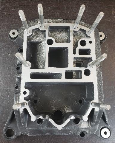 820192A1 C# 820921CJ Force 1995-1999 Upper Adapter Plate 75 90 120 HP REFURBED