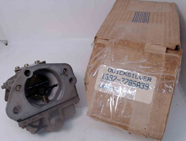 7785A39 WO-5-2 Mercury 1983-1989 Top STBD Carburetor Assembly 300 HP 3.4L NOS!