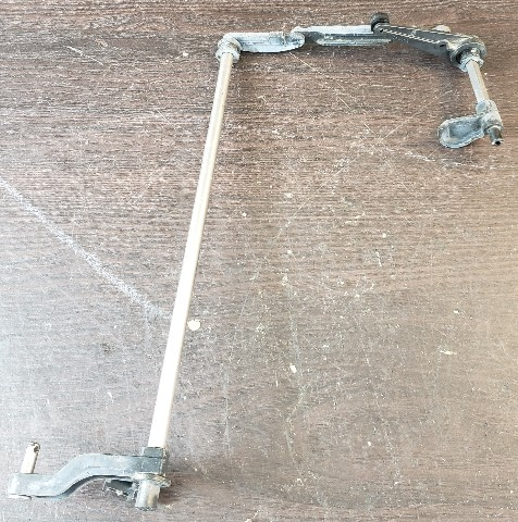 335815 Johnson Evinrude 1995-06 Throttle Arm Shaft Assembly 90 100 105 115 HP V4