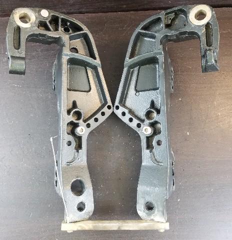 821773F6 821774F6 Force 1998-1999 Transom Bracket 40 50 HP 2 Cylinder