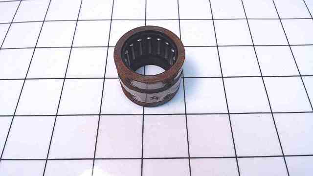 New Johnson Evinrude OMC Top Crank Bearing 377528 / 1 each