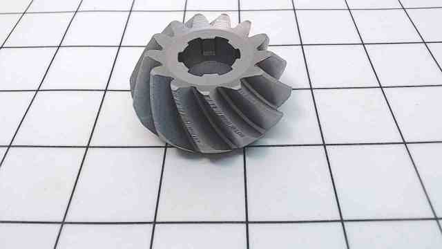 315036 Johnson Evinrude 1969-78 Pinion Gear 85-140 HP Teeth:13  Splines:6