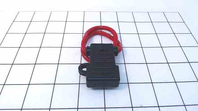 New SeaChoice Water Resistant In-Line ATO/ATC Fuse Holder 12771