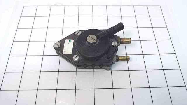 385784 398385 Johnson Evinrude 1968-2005 Fuel Pump 6-235 HP