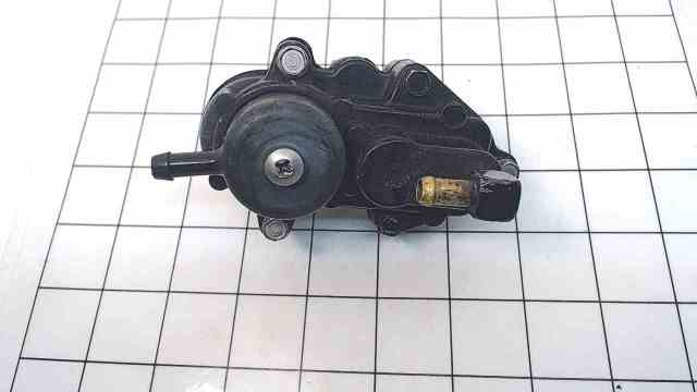 66530A2 Mercury Mariner 1973-1979 Fuel Pump W/ Screws 90 115 140 150 HP