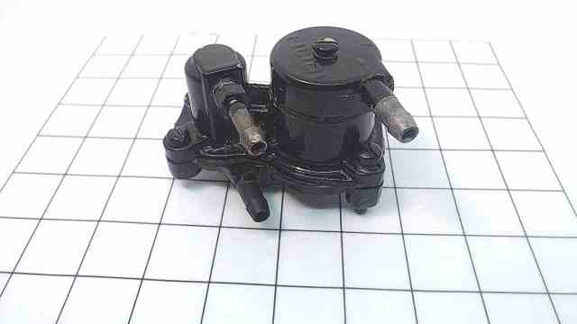 818073A1 F2A695746 Mercury Force 1989 Fuel Pump Assembly W/ Screws 85 HP
