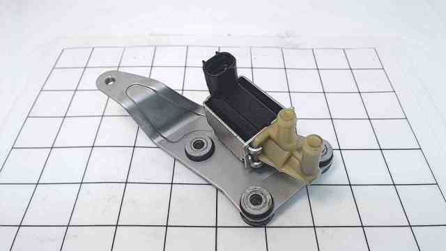898103005 898101136 Mercury ISC Valve Assembly W/ Plate