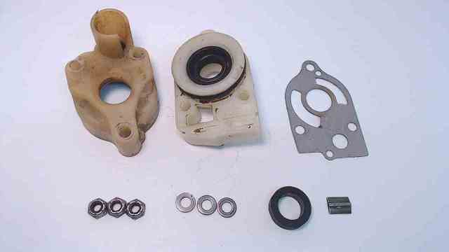 77822A1 77177A1 C# 77821 Mercury 1971-98 Water Pump Housing Assembly 35-70 HP