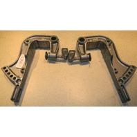 1992-1993 Yamaha Transom Bracket Set 676-43111-03-EK 676-43112-04-EK 40 HP