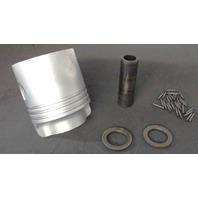 277402 C# 203242 Johnson Evinrude 1956 Standard 3-Ring Piston & Hardware 15 HP