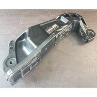 41111-90J13-0EP Suzuki 1998-12 STBD Clamp Bracket DF 90 100 115 HP 4-Stroke