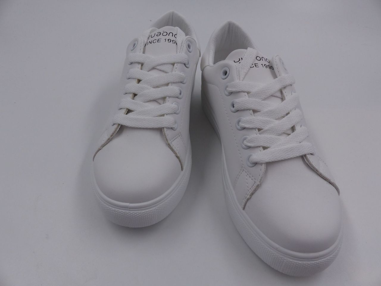 SHEIN LACE-UP FRONT WIDE FIT SNEAKERS