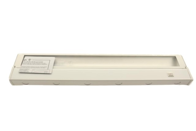 LOT OF 6 AMERICAN LIGHTING LXC3H WH XENON UNDER CABINET LIGHT WHITE