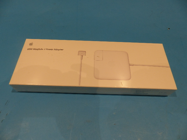 APPLE MACBOOK PRO GENUINE MD565LL/A 60W MAGSAFE 2 POWER ADAPTER
