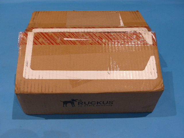 RUCKUS ICX7150-C12P-2X1G 80-1009879-08 ROUTER WITH ACC