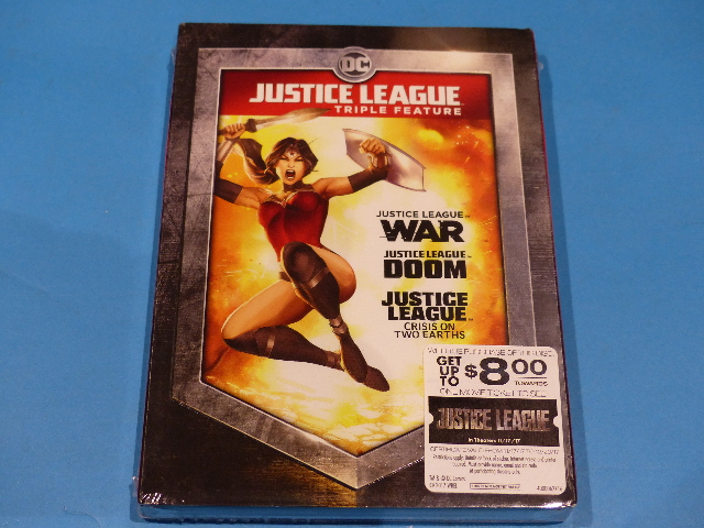 JUSTICE LEAGUE TRIPLE FEATURE DVD JUSTICE LEAGUE WAR DOOM & CRISIS NEW
