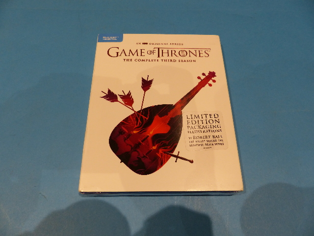 GAME OF THRONES SEASON 3 LIMITED EDITION - BLU-RAY + DIGITAL NEW SEALED