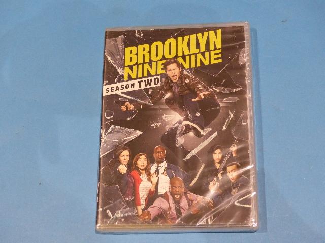 BROOKLYN NINE-NINE SEASON TWO 2 - DVD NEW