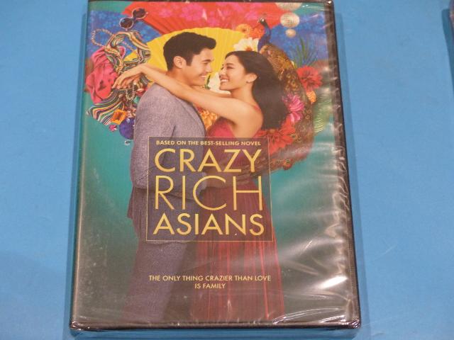 CRAZY RICH ASIANS DVD NEW