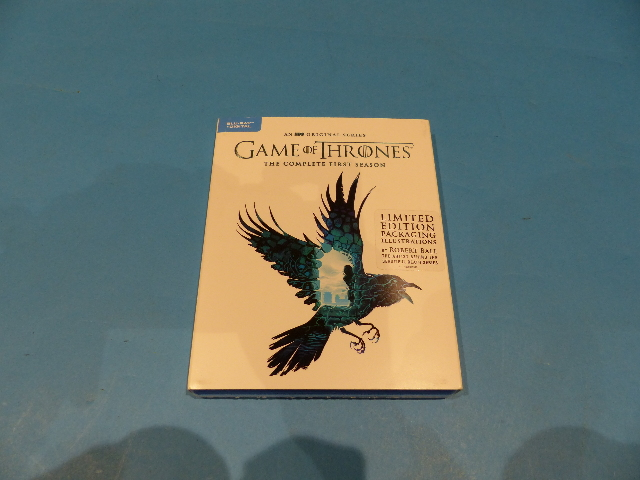 GAME OF THRONES FIRST SEASON - BLU-RAY + DIGITAL - LIMITED EDITION NEW SEALED