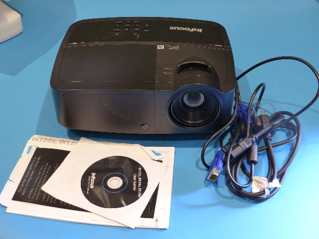 INFOCUS IN126A WXGA 3D DLP PROJECTOR 40 LAMP HOURS
