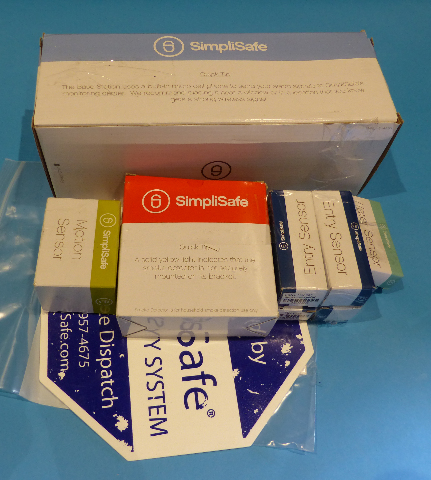 SIMPLISAFE HOME SECURITY SYSTEM KIT