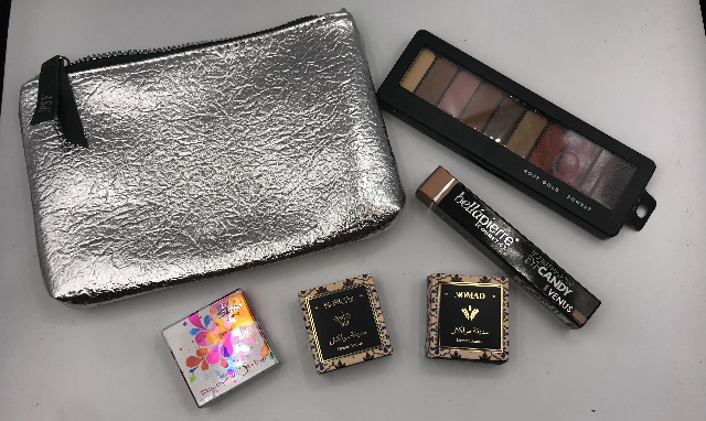 IPSY GLAM BAG AND 5 PC ASSORTED EYESHADOWS