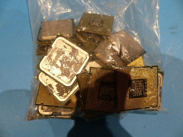 LOT OF 30 INTEL CORE 2 DUO E8400 6MB/1333MHZ 3GHZ FSB LGA 775 PROCESSOR SPAPL SLB9J