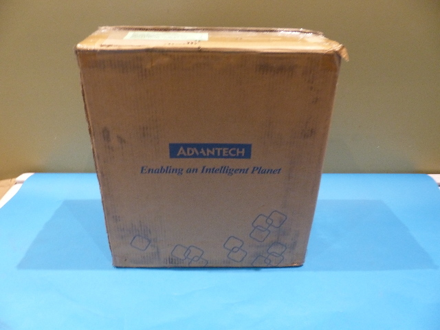 ADVANTECH UPOS-211 POS INTEL CELERON RAM 8GB NO HDD WIN 10