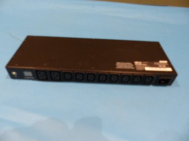 TRIPP LITE PDUMH16HV SWITCHED METERED 10 OUTLETS PDU