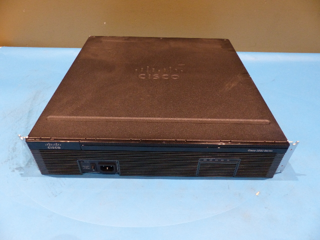 CISCO 2921/K9 V06 ISR ROUTER VIC3-4FXS/DID VIC2-4FX0 VWIC3-2MFT-T1/E1