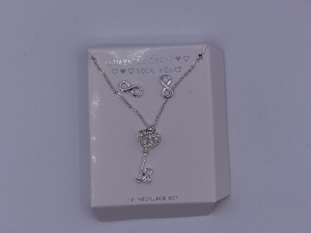 ALWAYS FOLLOW YOUR HEART NECKLACE INFINITY KEY LOCK SILVER W/ INFINITY EARRINGS