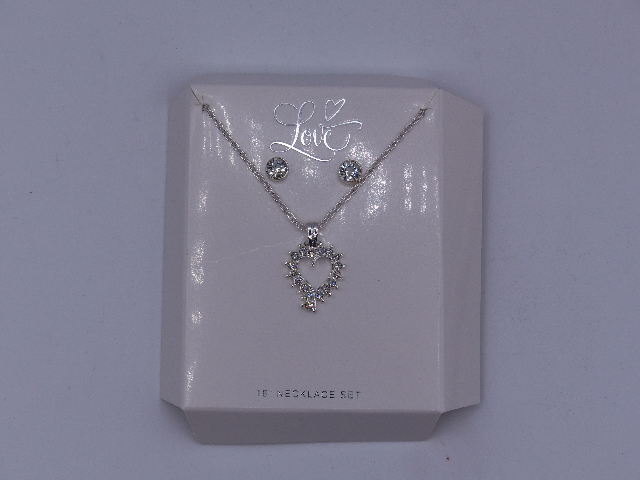 SILVER RHINSETONE HEART NECKLACE W/ MATCHING STUDS 18""