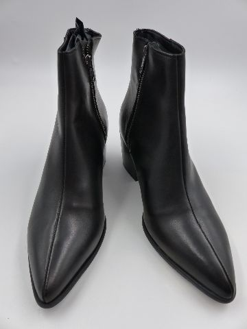 ASOS DESIGN HEELED CHELSEA BOOTHS WITH POINTED TOE IN BLACK LEATHER WOMENS SIZE UK 7
