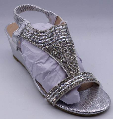 GC SHOES JANICE SILVER US WOMEN 6.5 WEDGE SANDALS