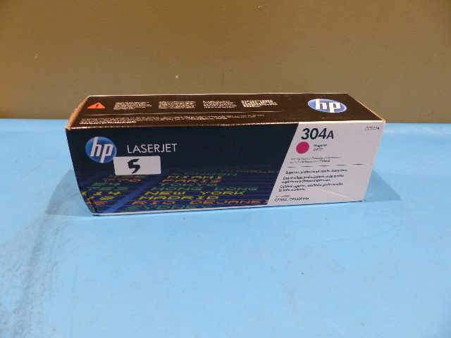 HP CC533A 304A LASERJET MAGENTA PRINT CARTRIDGE GENUINE