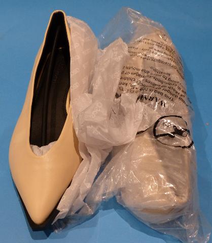 ASOS DESIGN HIGH VAMP BALLET BONE US WOMEN 11 POINTED FLATS