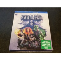TITANS COMPLETE FIRST SEASON DIGITAL + BLU-RAY REDEEM CODE BY 09/30/2020 NEW SEA