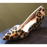 JOURNEE COLLECTION LEONEX WOMENS POINTED TOE LEOPARD PRINT PUMP  SIZE US W 7.5