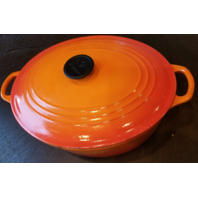 LE CREUSET ENAMELED CAST IRON OVAL VOLCANIC FLAME RED/ORANGE OVEN POT 6 3/4QT 31