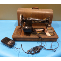 ANTIQUE BROTHER PFAFF 272429 C-RS SEWING MACHINE