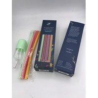 LOT OF 2 CHIC & TONIC  SILICONE STRAWS FULL BLOOM COLLECTION
