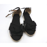 JANENOLBY FLAT BUCKLE BREATHABLE WOMENS BLACK SANDALS SIZE 8