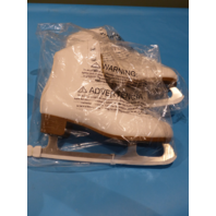 DBX WTSK20 MOTION WHITE US WOMEN 11 ICE FIGURE SKATES WTSK20