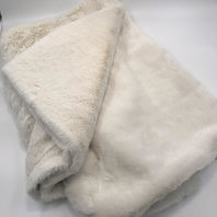 NORDSTROM RACK IVORY FUZZY THROW BLANKET