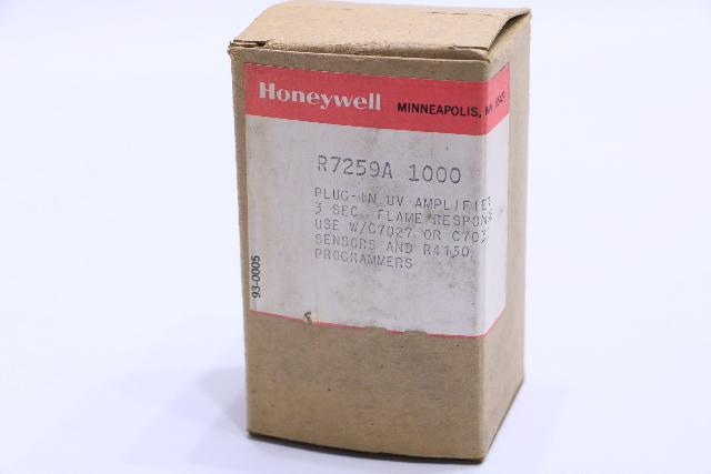 * NEW HONEYWELL R7259A 1000 PLUG-IN UV AMPLIFIER 2-4 SEC