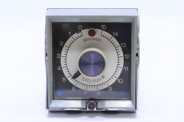 * EAGLE SIGNAL HP514A6 TIMER 5AMP 120VAC 60HZ 0-15 SEC