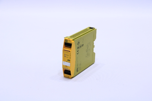 PILZ PNOZ-MO1P SAFETY 7733500 EXPANSION MODULE #2