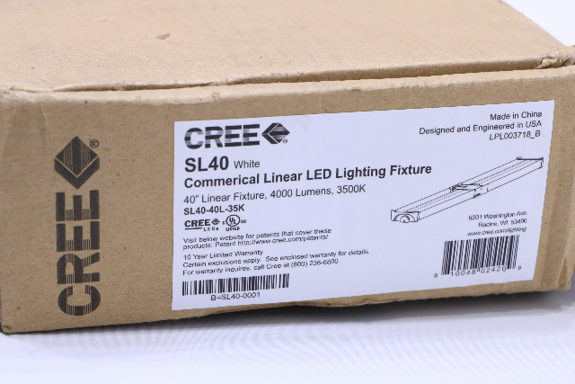 NEW CREE SL40-40L-35K WHITE  LED LIGHTING FIXTURE