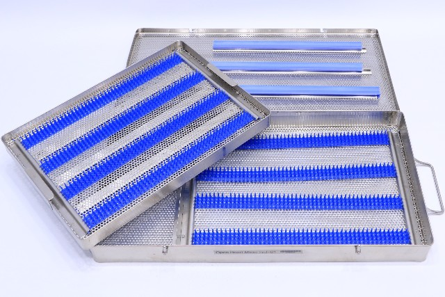 """* CASE MEDICAL STAINLESS STEEL SURGICAL INSTRUMENT STERILIZATION TRAY CASE 20 x 10-1/2 x 2"""""""